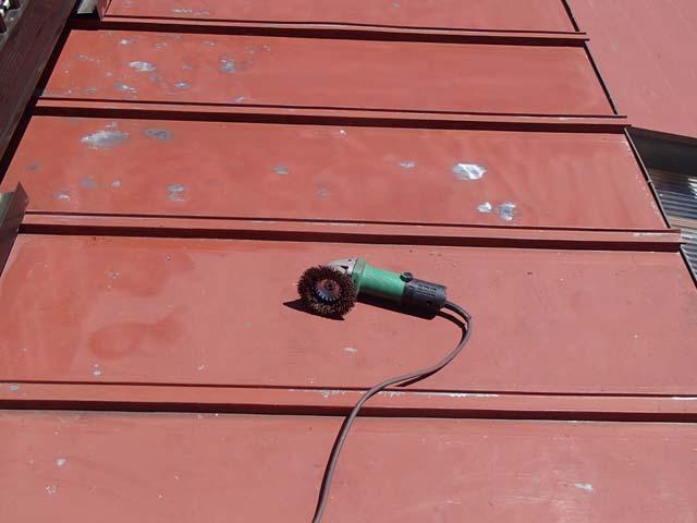 トタン屋根塗装 サンダーケレン