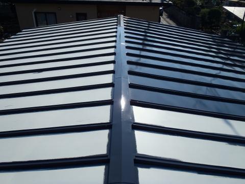 トタン屋根塗装 上塗り1回目