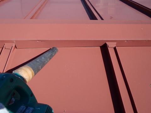 トタン屋根塗装 棟包み 清掃