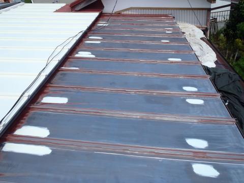 トタン屋根塗装 錆止め 増し塗り