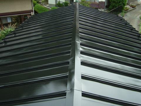 トタン屋根塗装 上塗り1回目完了
