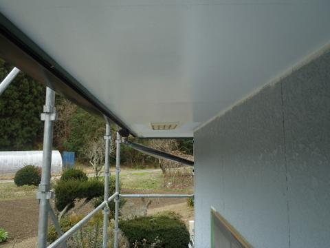 外壁塗装 軒天塗装 上塗り1回目