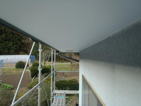 外壁塗装 軒天塗装 上塗り2回目