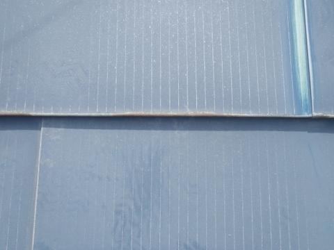 宮城県石巻市 トタン屋根塗装 ケレン前