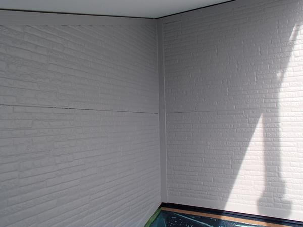 外壁塗装 金属サイディング あいじゃくり