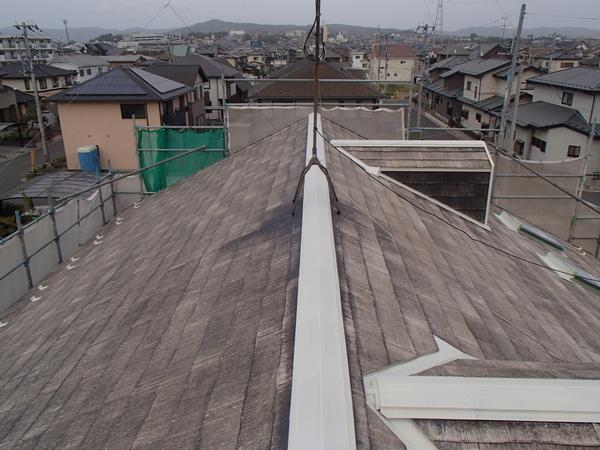 屋根塗装 下塗り1回目 シーラー