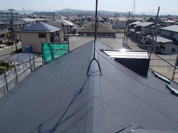 屋根塗装 上塗り1回目 カラーベスト コロニアル