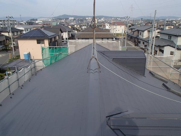 屋根塗装 カラーベスト スレート 上塗り2回塗り