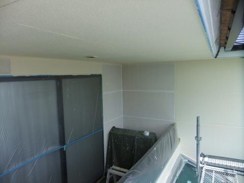 外壁塗装 ALC 上塗り1回目
