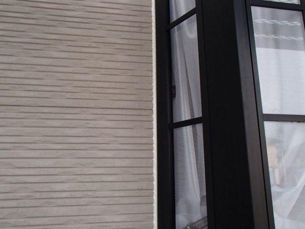 外壁塗装 窓枠 コーキング 充填