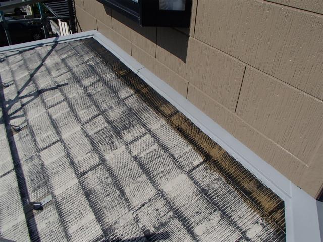 屋根塗装 コロニアル 下塗り1回目