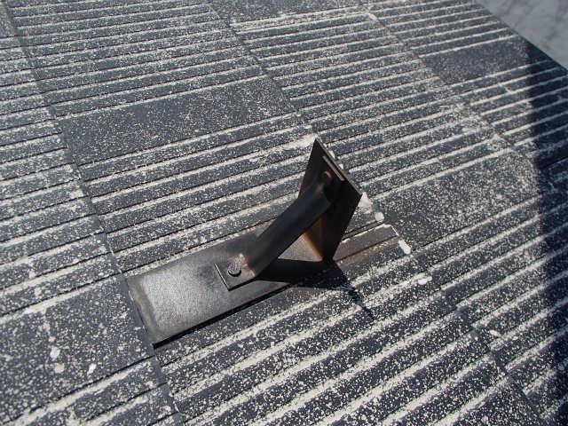 屋根塗装 カラーベスト 雪止め 鉄製 ケレン後
