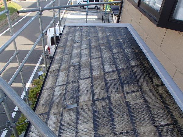 屋根塗装 下塗り1回目 吸い込み